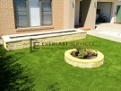 Synthetic-Grass-with-Versa-Wall-Garden-Box-and-Miniwall-Garden-Wall-Angl…_1