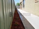 Plain-Concrete-with-Redgum-Mulch