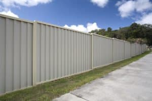 tips for installing aluminium fence