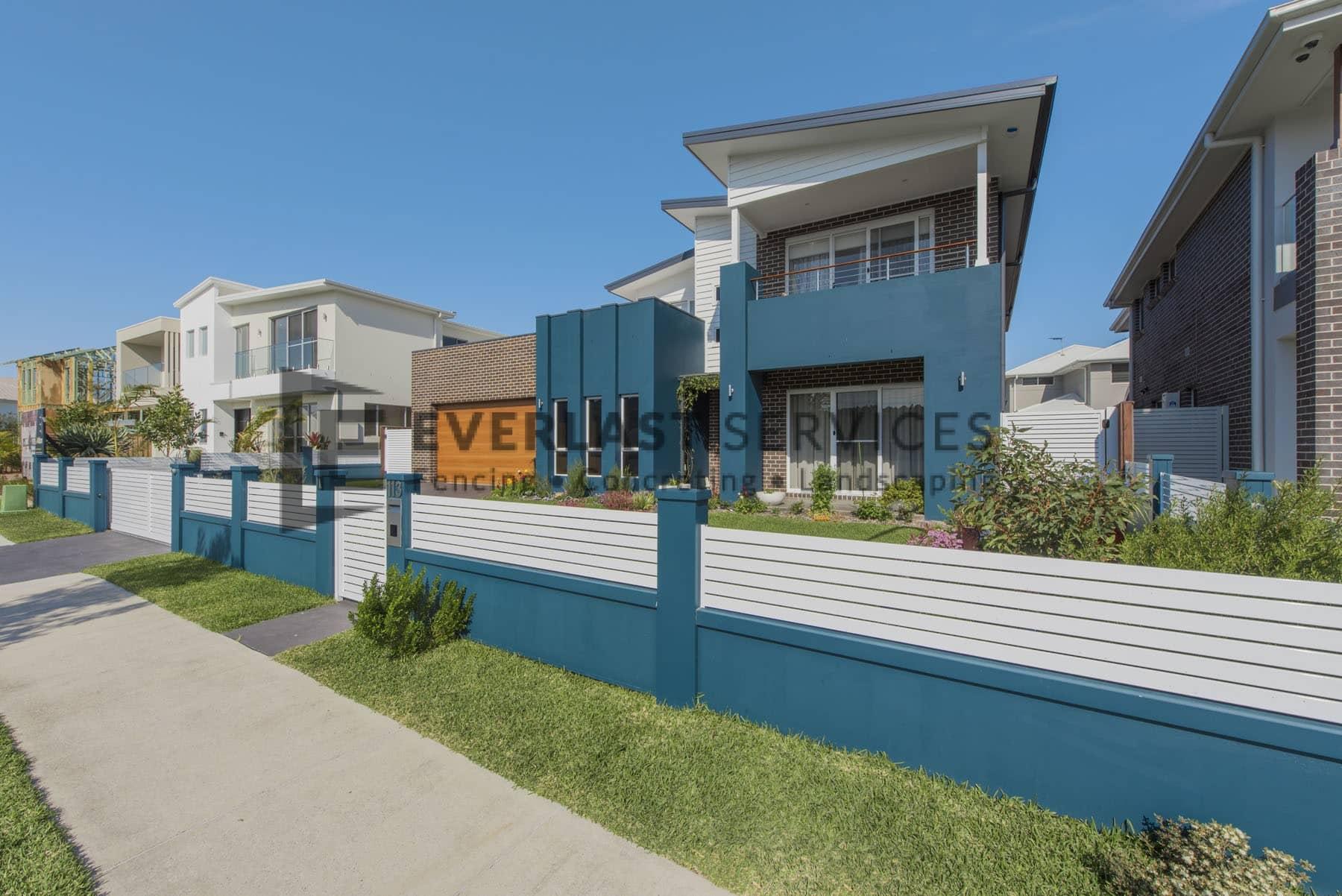 MW 38 - Turquoise Front Yard Fence Slats