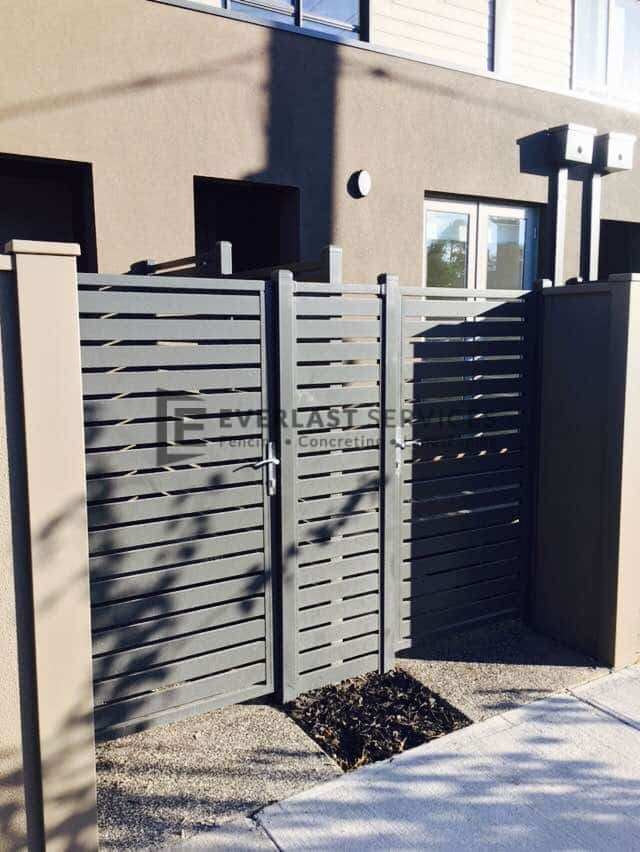 SS110 - Aluminium Slats Single Gate And Panel