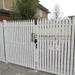 DG68 - Aluminium White Pickets Double Gate