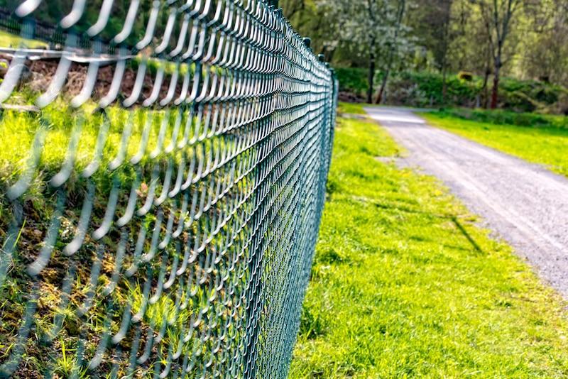 emu wire fences & fencing