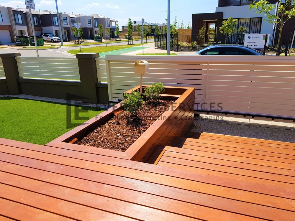 Short View Decking Garden Box
