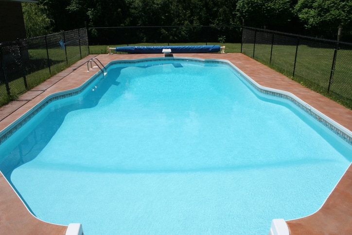 temporary swimming pool fencing