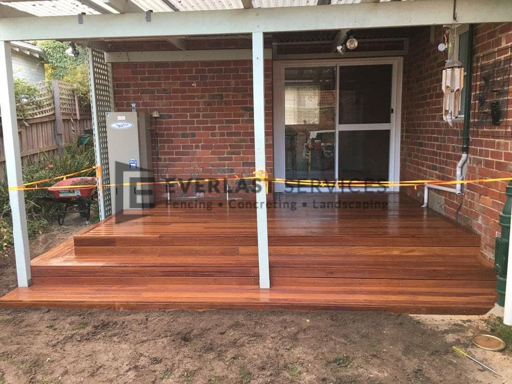Backyard Decking with 3 Steps