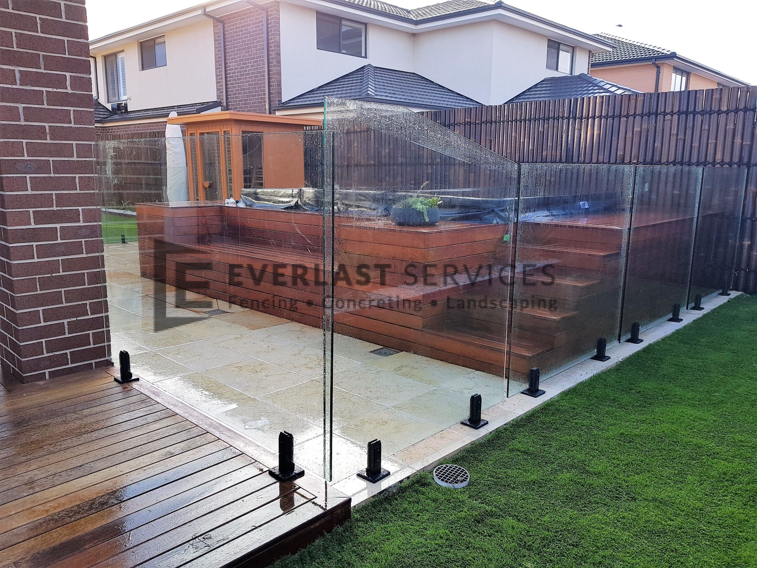 Picture of: Pool Fencing Melbourne Swimming Pool Fences Everlast