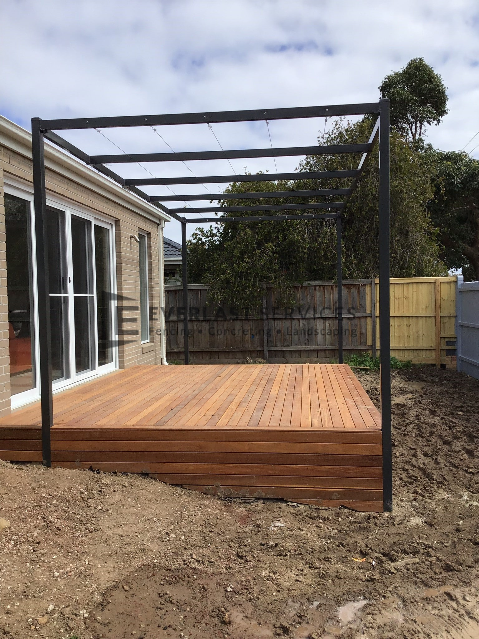 P5 – everlast custom pergola