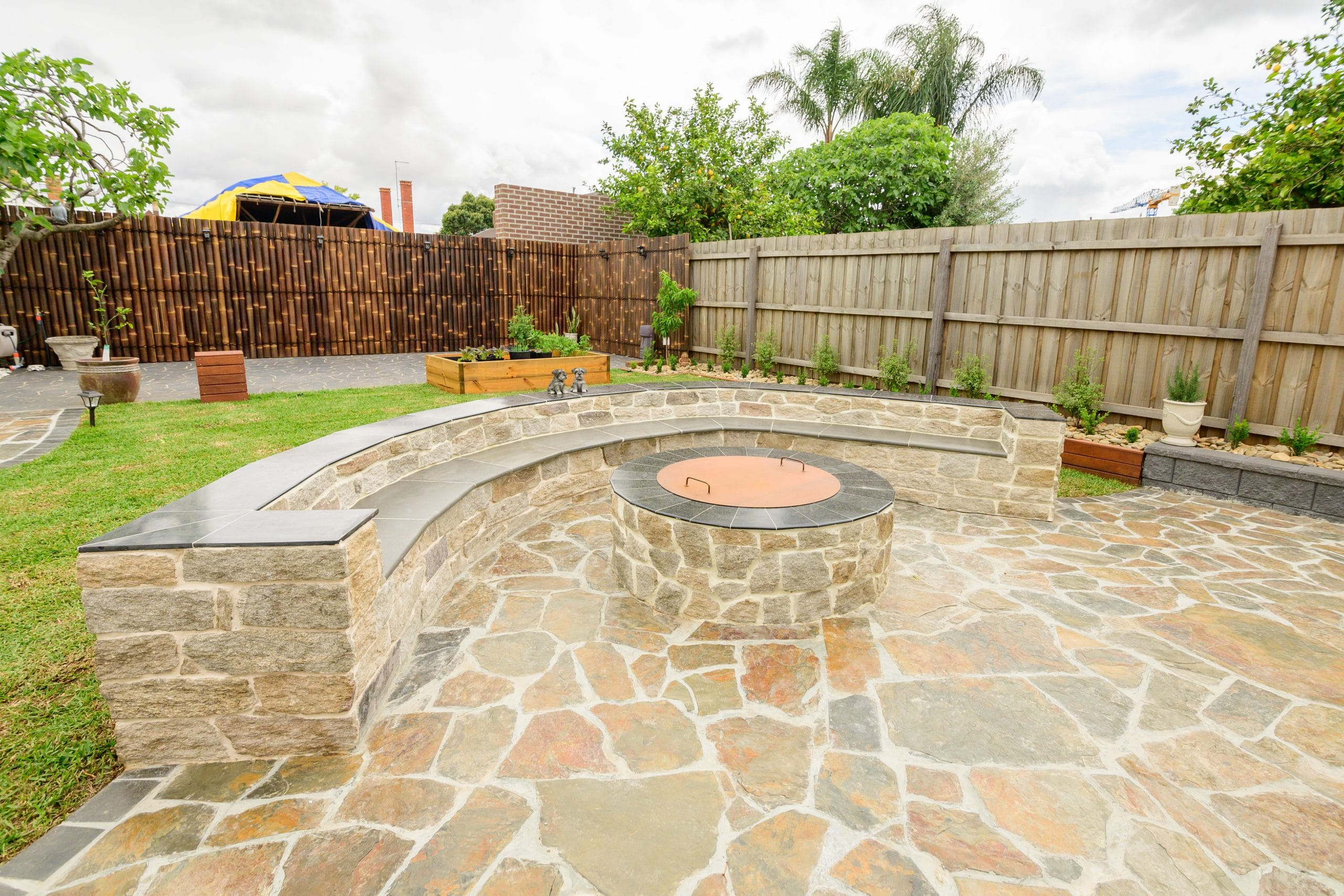 ST20 - Ascot Vale - Firepit and backyard