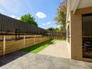 L258 – Doncaster East – back yard retaining wall grass path