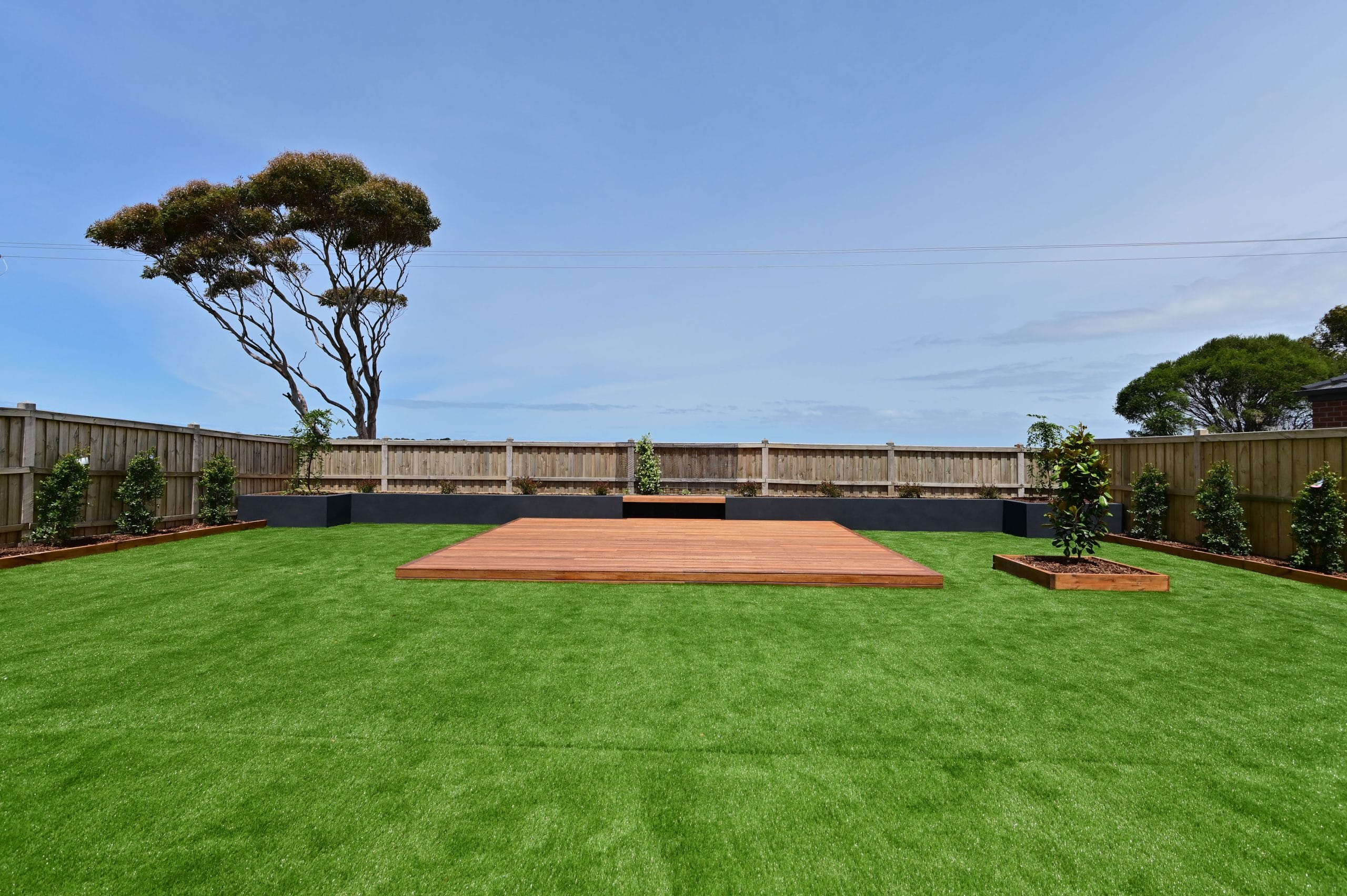 L265 - Point Cook - Backyard, grass and patio