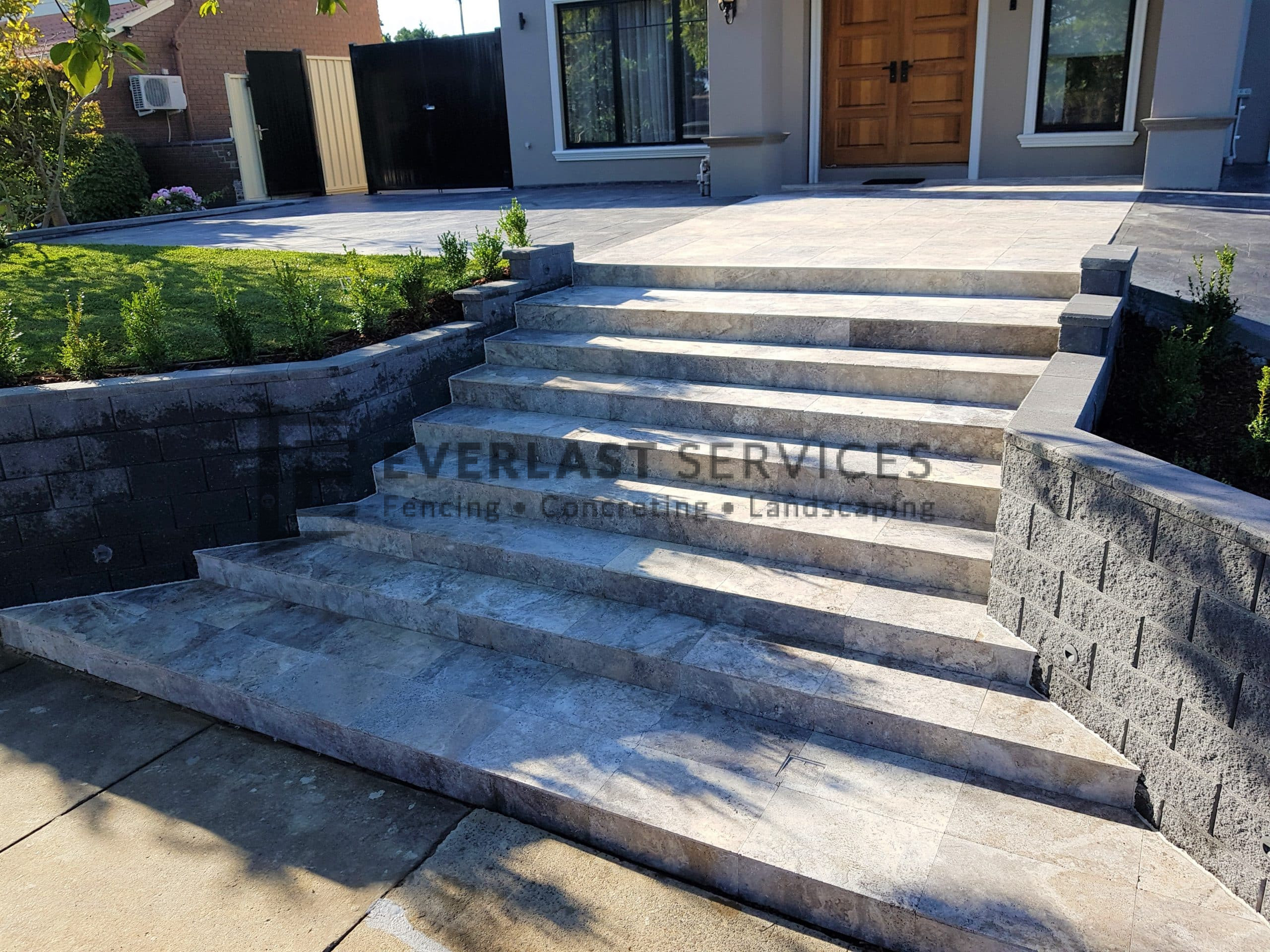 L280 - Landscaping front yard steps to front door
