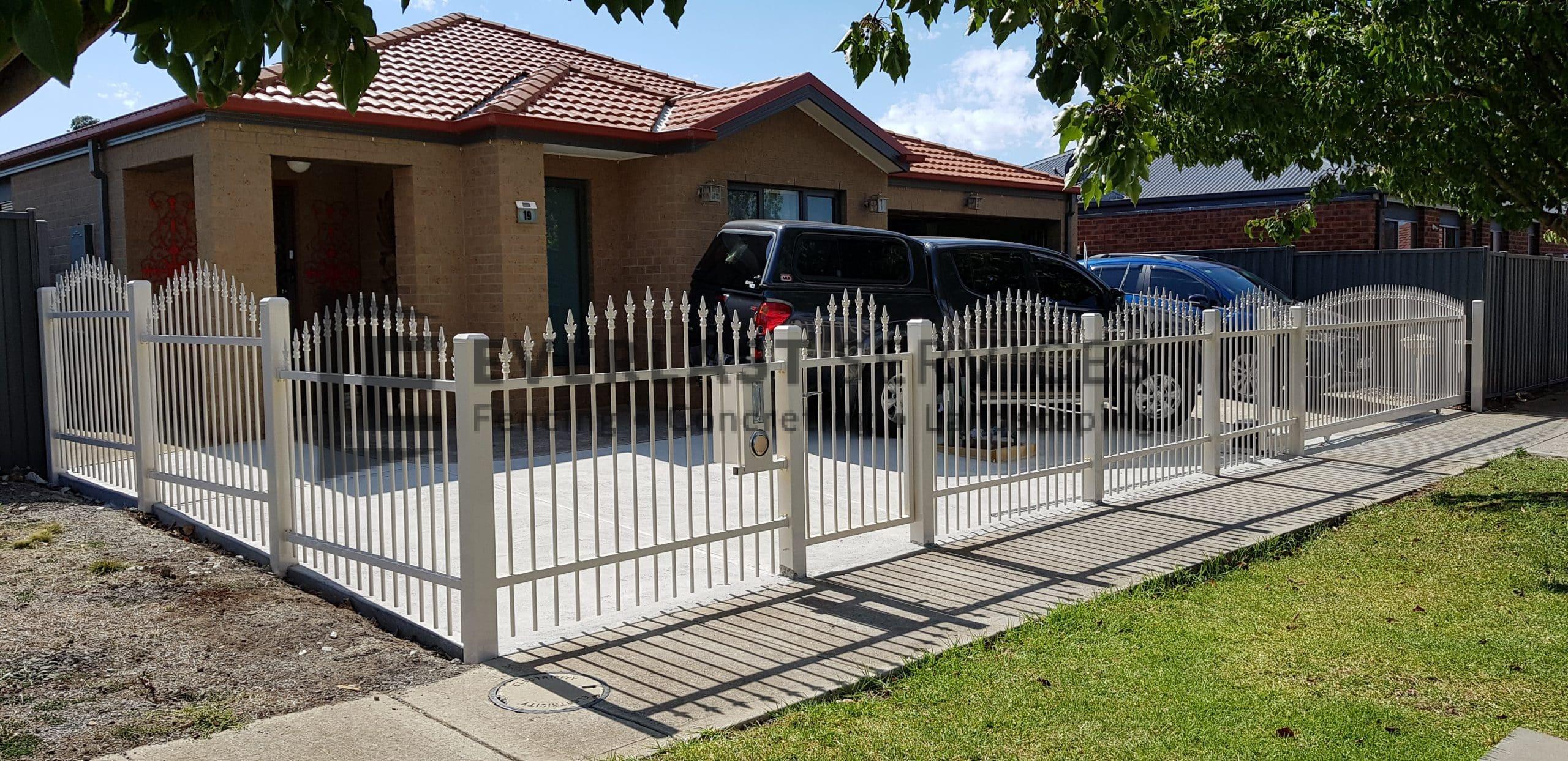 SF182 - Steel Fencing on corner block