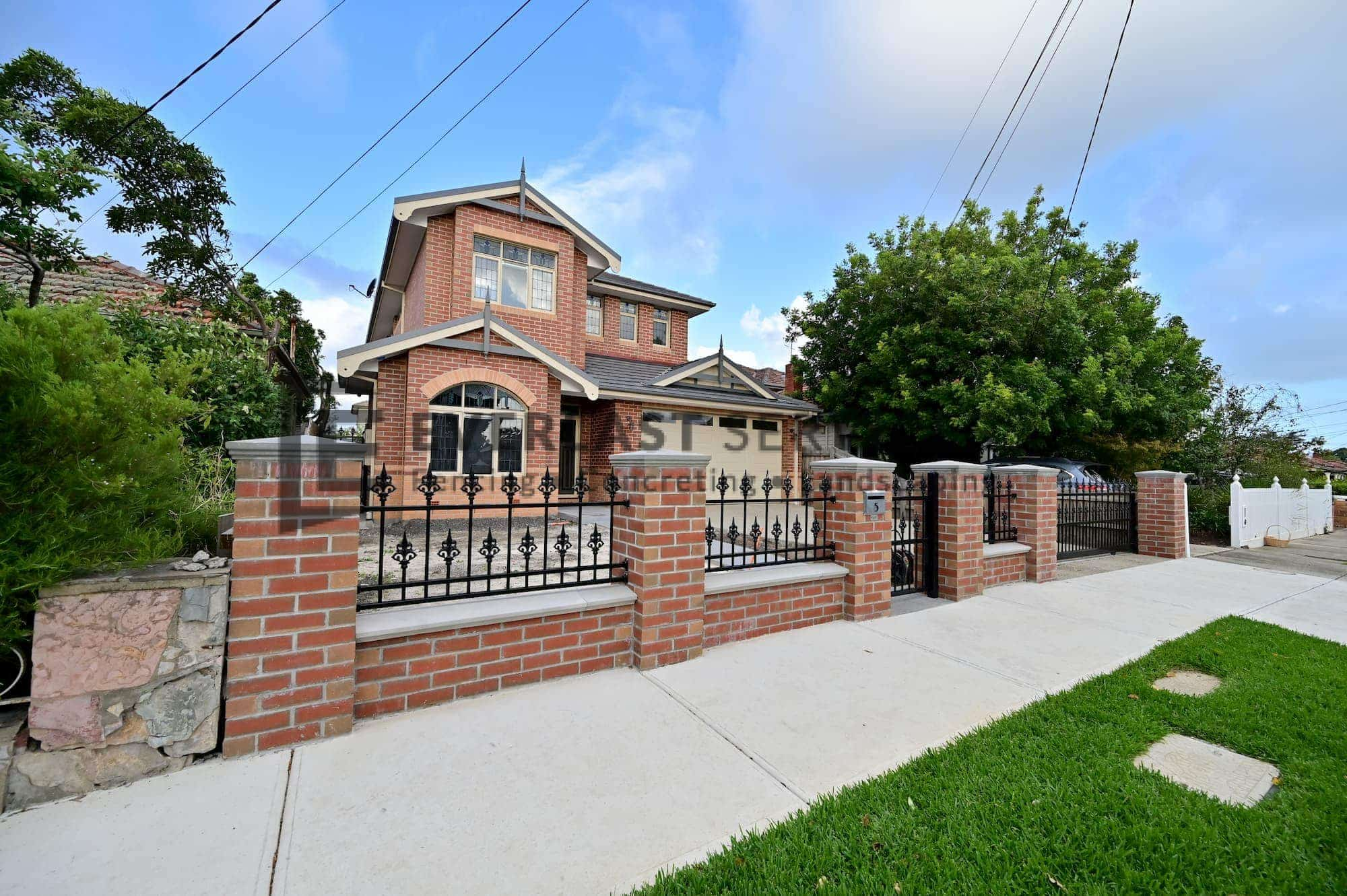 SF188 - Yarraville - Steel Gate surrounding property