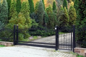 how does an automatic gate work