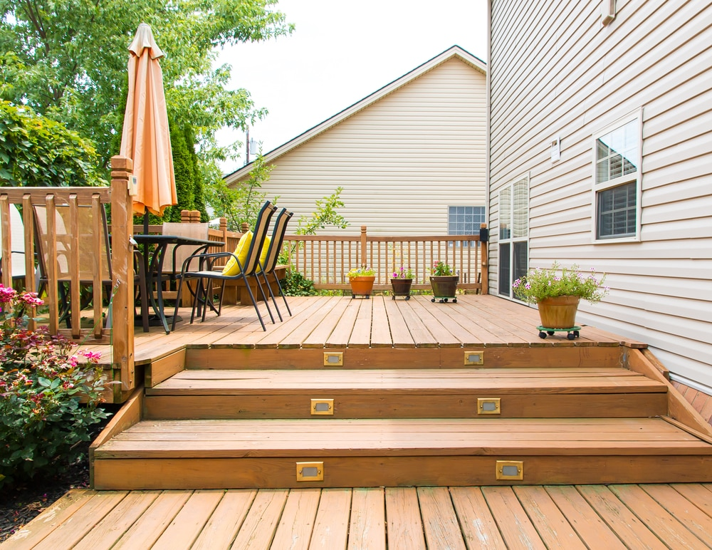 deck maintenance tips for summer