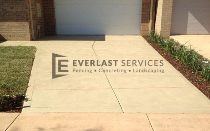 CC5 - Sand Colour Concrete Driveway