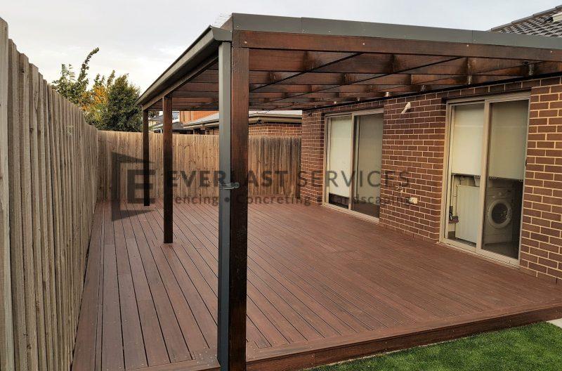 L152 - Hardwood Veranda View